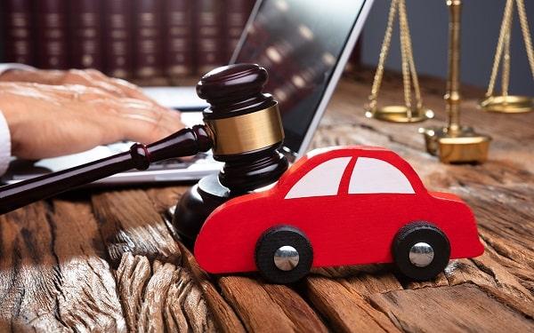 Помощь адвоката при ДТП